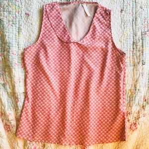 Pastel pink top with a Peter Pan collar & hearts